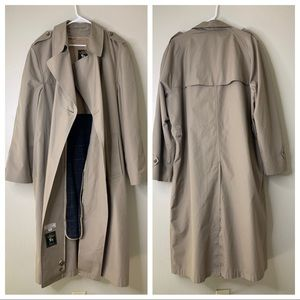 Hart, Schaffner & Marx Tan Wool Lined Coat 42L